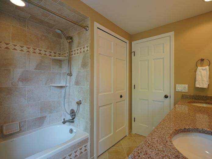 Full Bath Tub Shower
